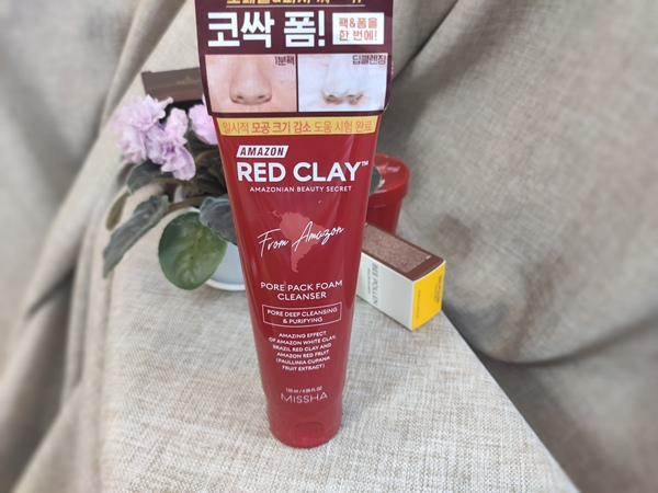MISSHA Amazon Red Clay Pore Pack Foam Cleanser