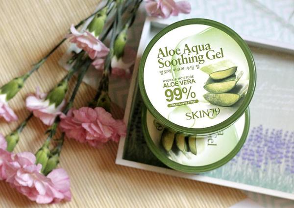 SKIN79 Aloe Aqua Soothing Gel 99%